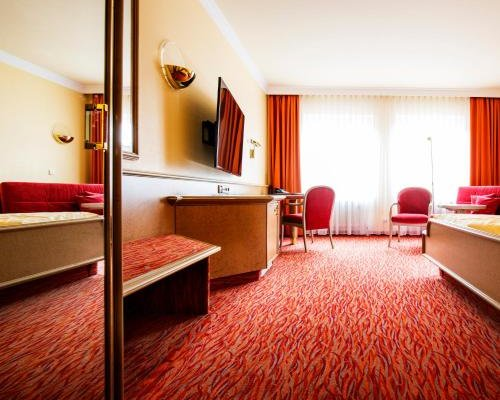 Hotel Restaurant Adler - фото 2