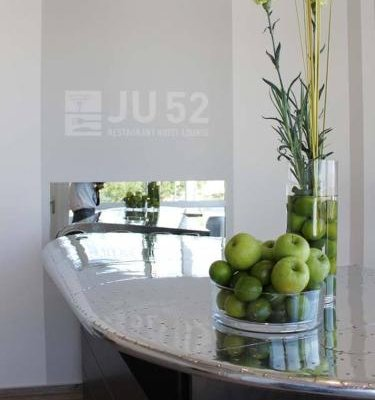 JU52 Restaurant Hotel Lounge - фото 13