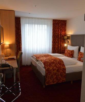 Hotel Astra - фото 1