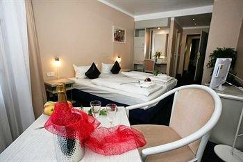Novum Hotel an der Ko Dusseldorf - фото 2