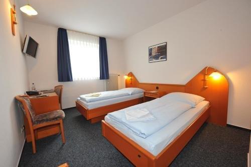 Hotel Am Vogelsanger Weg - фото 3