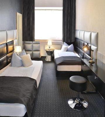 Hotel Am Wehrhahn - фото 2