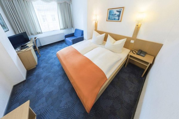 Hansa Hotel - фото 1