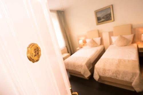 Hotel Carlton Mayfair - фото 4