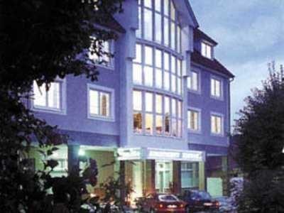 Hotel Apartment Hluboka - фото 5