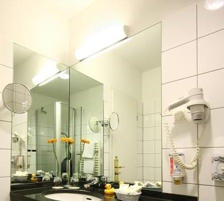 Best Western Savoy Hotel Dusseldorf - фото 8