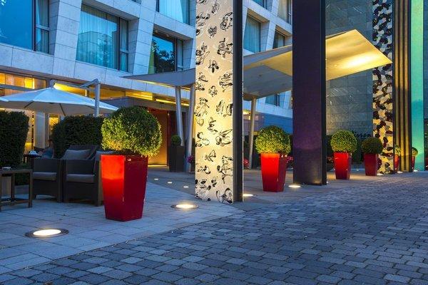 Radisson Blu Media Harbour Hotel, Dusseldorf - фото 21
