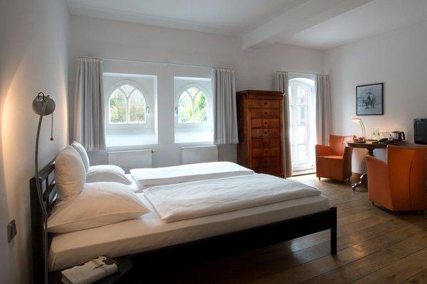Hotel MutterHaus Dusseldorf - фото 1