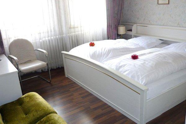 Artus Hotel - фото 2