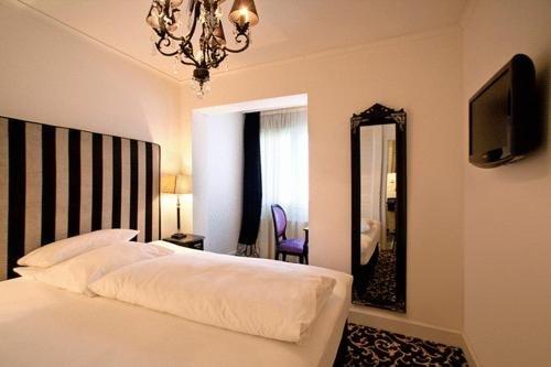 Hotel Aleksandra - фото 1