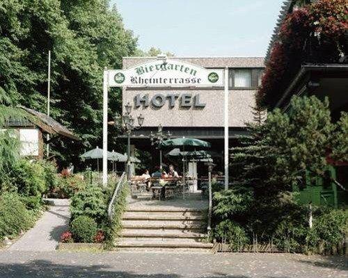 Hotel Rheinterrasse Benrath - фото 17