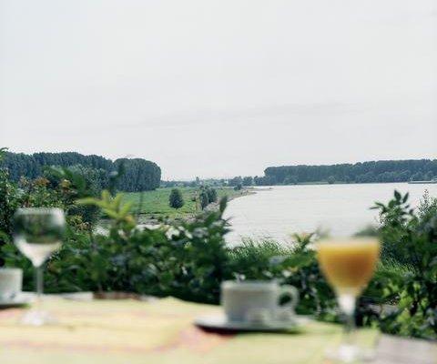 Hotel Rheinterrasse Benrath - фото 21