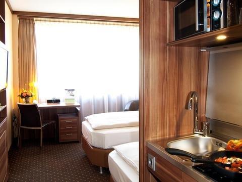 Derag Livinghotel Dusseldorf - фото 12