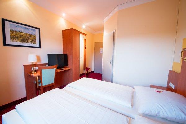 Hotel Mirage - фото 1