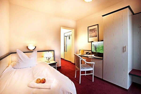 Nordic Hotel Dresden, Дрезден