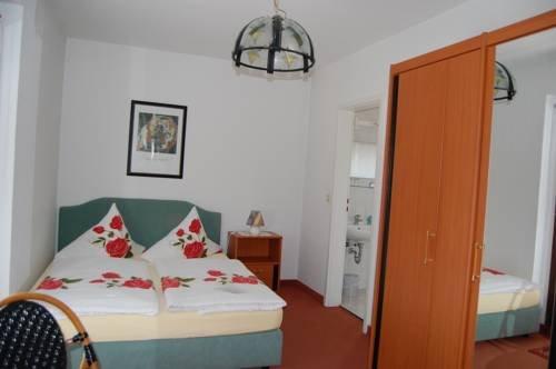 Hotel zum Nussbaum - фото 6