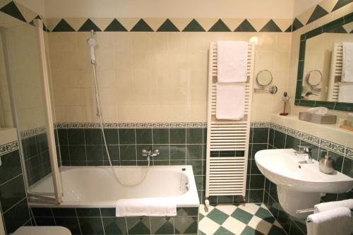 Hotel-Appartement-Villa Ulenburg - фото 7