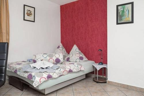 Гостиница «Apartements Rehn», Дрезден