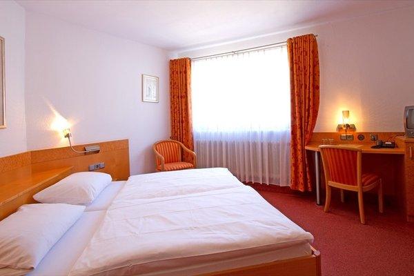 Отель «Goldener Hirsch», Шрисхайм