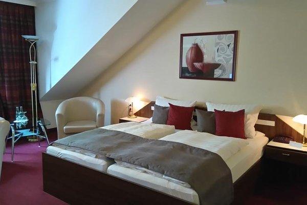 Hotel Weisse Taube - фото 2