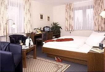 Hotel Deutsche Eiche - фото 0