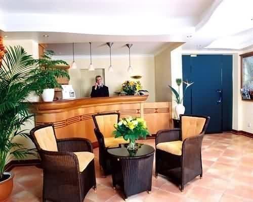 Garden Hotel - фото 12