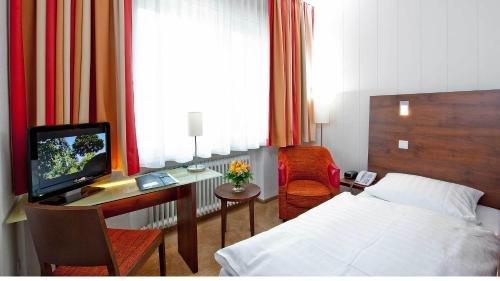 Hotel Westfalia - фото 1