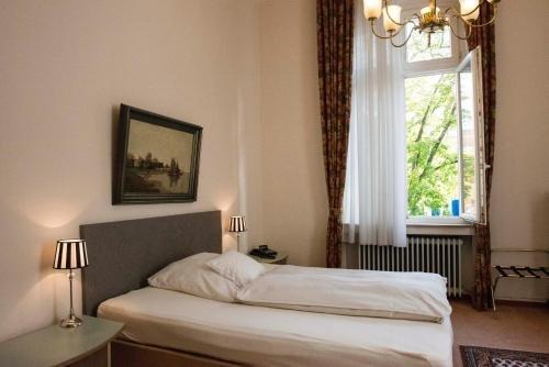 Hotel Rheinland - фото 1