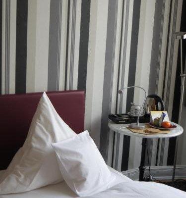 Hotel Kronprinzen - фото 2