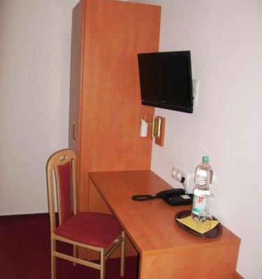 Hotel Bonn Voyage - фото 5