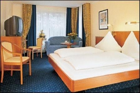 Hotel Landgasthof Birkenfelder Hof - фото 3