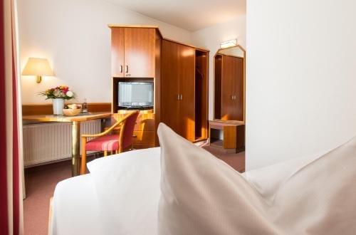 Hotel Kapuzinerhof - фото 50