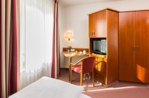 Hotel Kapuzinerhof - фото 4
