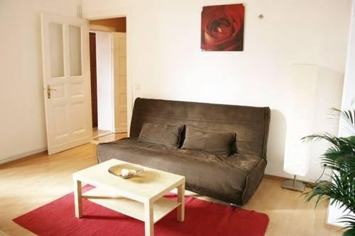 Real Appartements - фото 0
