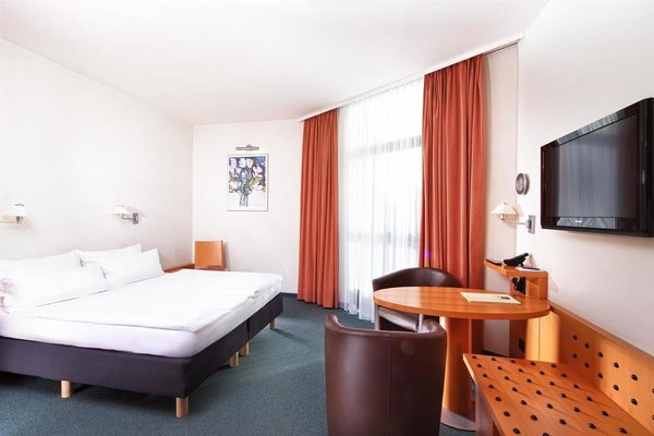 Best Western Hotel am Borsigturm - фото 3