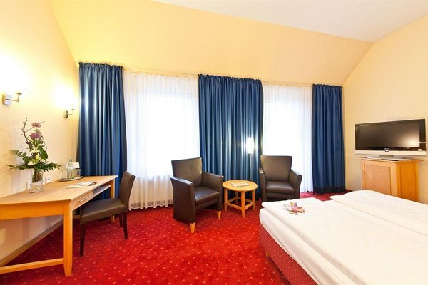 Novum Hotel Gates Berlin Charlottenburg - фото 1