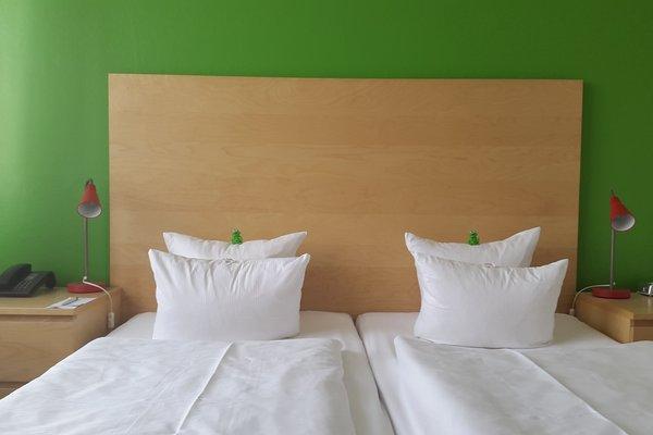 SORAT Hotel Ambassador - фото 2
