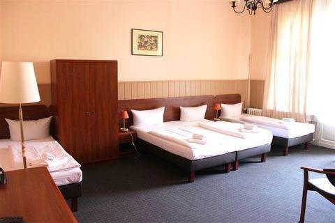 Hotel-Pension Rheingold am Kurfurstendamm - фото 4