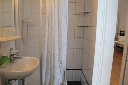 Hotel Pension Waizenegger am Kurfurstendamm - фото 16