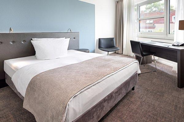 Victor's Residenz-Hotel Berlin Tegel - фото 1