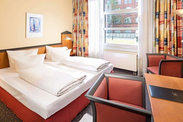 Victor's Residenz-Hotel Berlin Tegel - фото 3