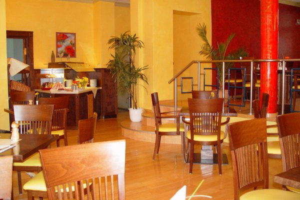 Hotel Larat - фото 7
