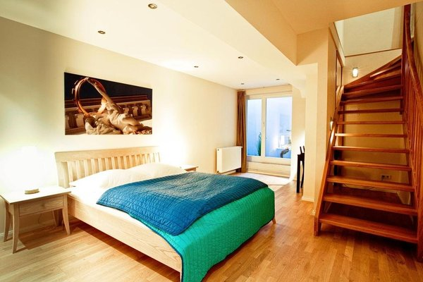 Schoenhouse Apartments - фото 1