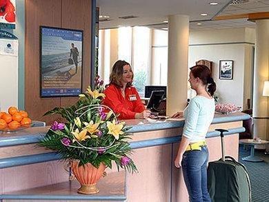 ibis Hotel Berlin Airport Tegel - фото 15