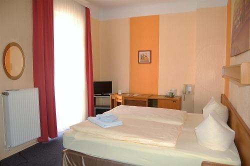 Hotel Graf Puckler - фото 2