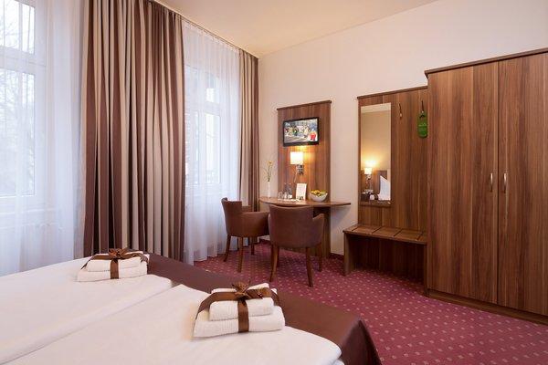 Gold Hotel - фото 50