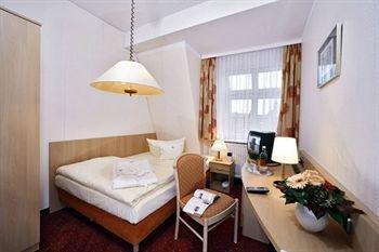 Hotel Benn - фото 1