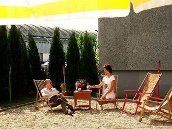 OSTEL - Das DDR Hostel - фото 21