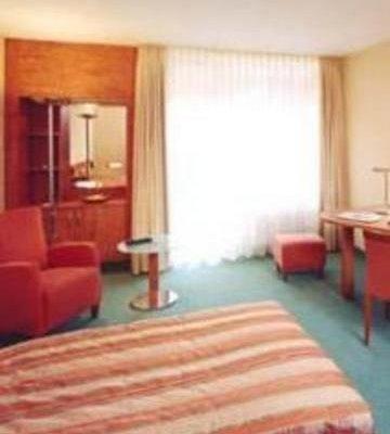 Schlosspark Hotel - фото 2