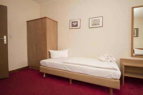 Hotel Spreewitz am Kurfurstendamm - фото 4